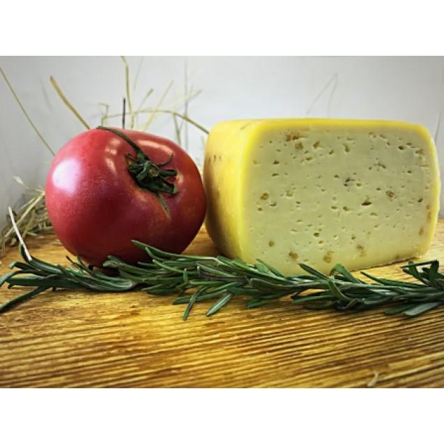 Сыр «Стромиловский с пажитником» 45% жирн.
